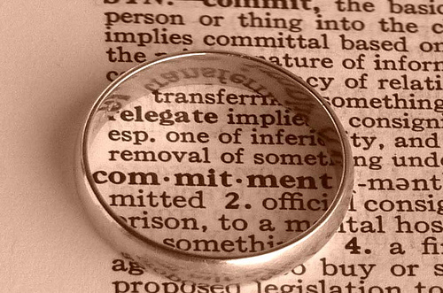 ring around dictionary word of commitment